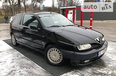Alfa Romeo 145 2000 в Ровно