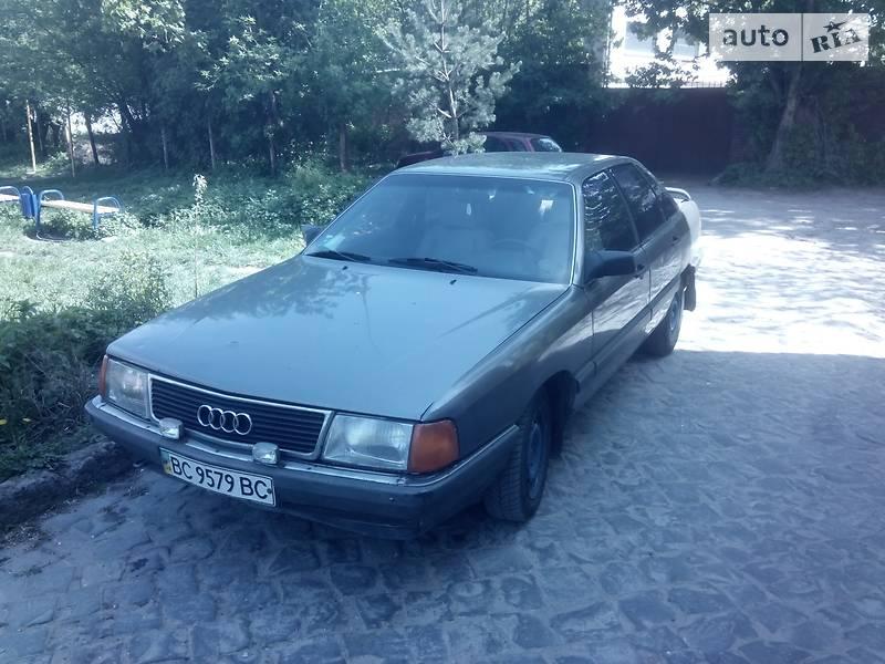 Audi 100 1983 в Львове