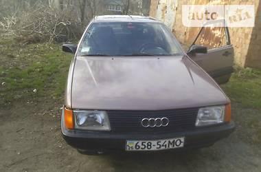 Audi 100 1983 в Черновцах