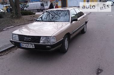 Audi 100 1989 в Дубно