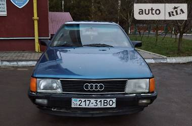Audi 100 1984 в Млинове