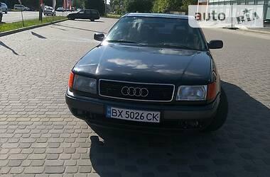 Седан Audi 100 1992 в Деражне