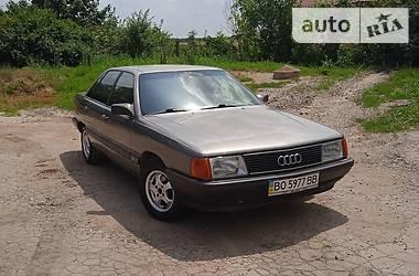 Седан Audi 100 1987 в Чорткове