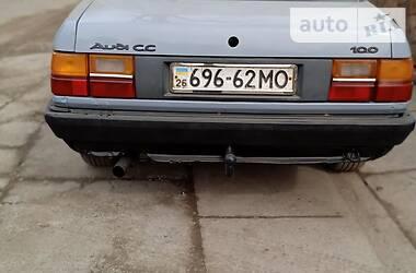 Седан Audi 100 1983 в Виноградове
