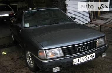 Седан Audi 200 1986 в Киеве