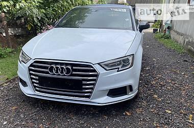 Седан Audi A3 2017 в Киеве