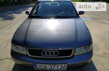 Audi A4 1998 в Корце