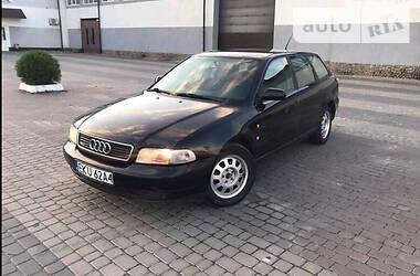 Audi A4 1996 в Корце