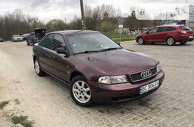 Седан Audi A4 1996 в Львове