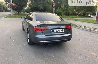 Седан Audi A4 2014 в Львове