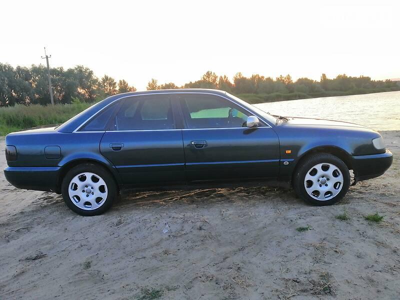 Седан Audi A6 1996 в Полтаве