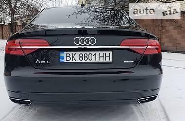 Седан Audi A8 2016 в Рівному