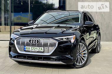Внедорожник / Кроссовер Audi e-tron 2019 в Ужгороде
