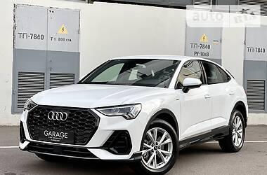 Внедорожник / Кроссовер Audi Q3 2021 в Киеве