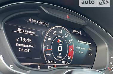 Седан Audi S4 2017 в Киеве