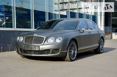 Bentley Flying Spur 2009 в Киеве