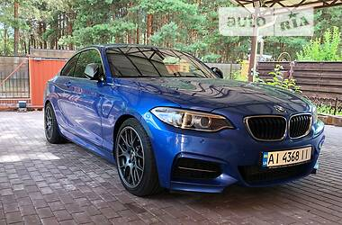 Купе BMW 235 2016 в Киеве