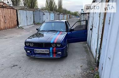 Седан BMW 316 1989 в Киеве