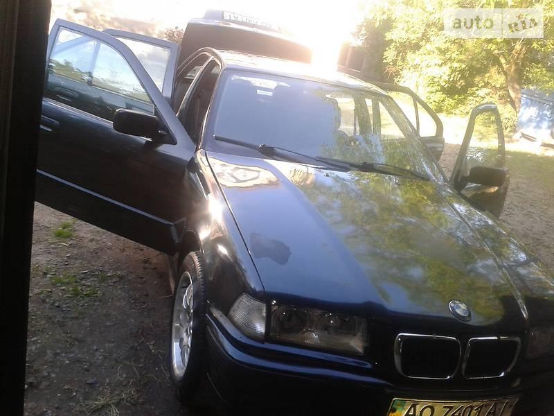 BMW 318 1993 в Мукачево