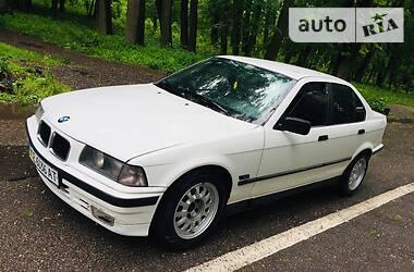 BMW 318 1993 в Черновцах
