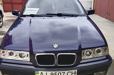 Универсал BMW 318 1997 в Киеве