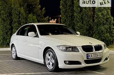 Седан BMW 318 2011 в Киеве