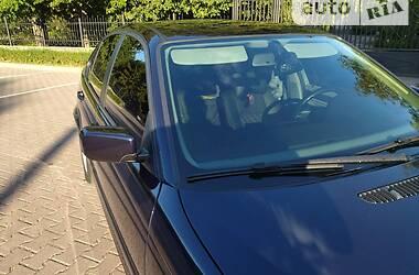 Седан BMW 318 2002 в Миргороді