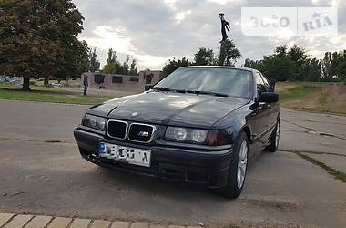 BMW 320 1997 в Херсоне