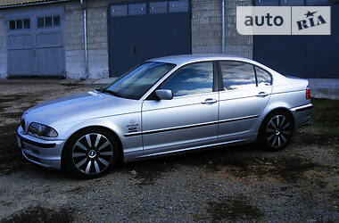 BMW 320 2001 в Сумах
