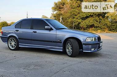 BMW 320 1995 в Светловодске