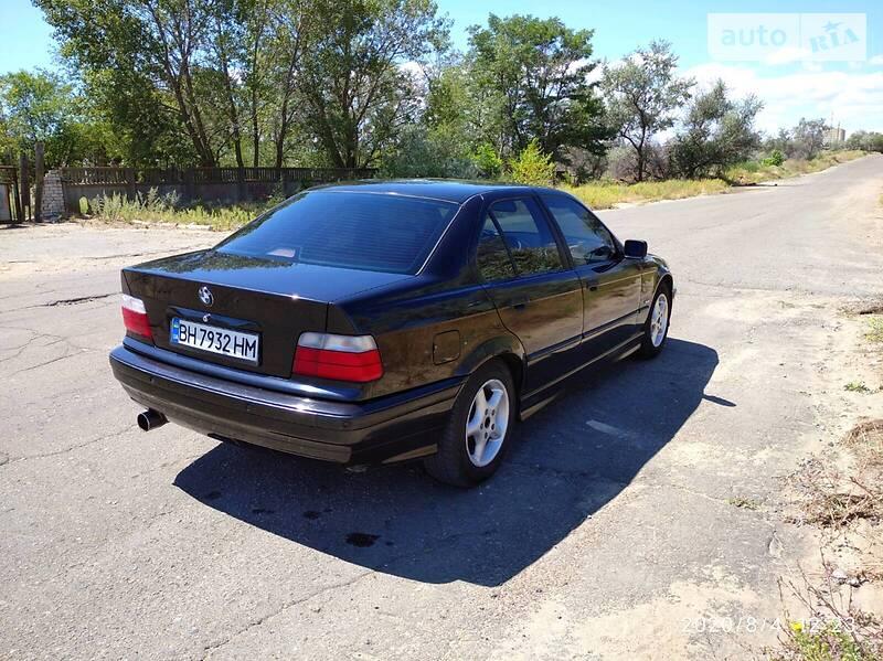 BMW 320 1997 в Белгороде-Днестровском