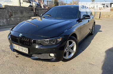 Седан BMW 320 2014 в Харькове