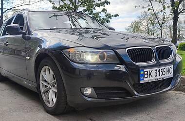 BMW 320 2011 в Вараші