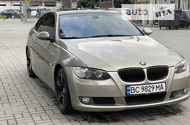 Купе BMW 320 2008 в Ивано-Франковске