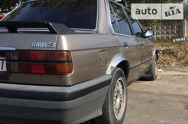 BMW 324 1987 в Вараше