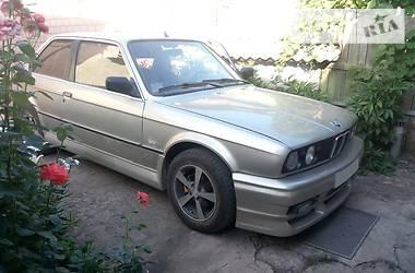 BMW 325 1986 в Луганске