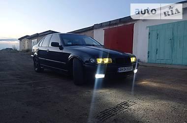 Седан BMW 325 1993 в Житомире