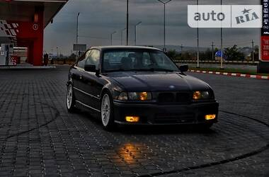 BMW 328 1998 в Черновцах