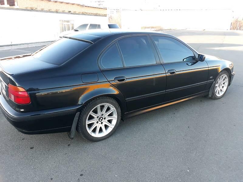 BMW 520 1999 в Мариуполе