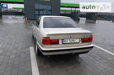 BMW 520 1989 в Каменец-Подольском