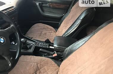 Седан BMW 520 1988 в Рівному