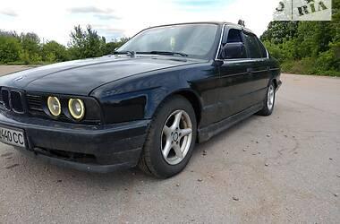 Седан BMW 520 1990 в Прилуках
