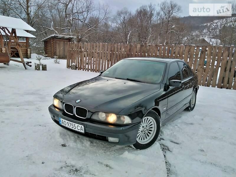 BMW 523