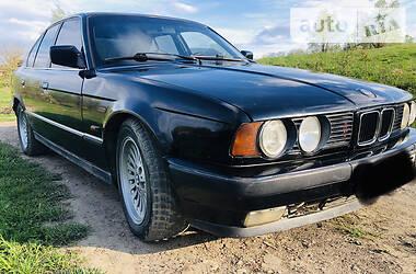 Седан BMW 524 1988 в Черновцах