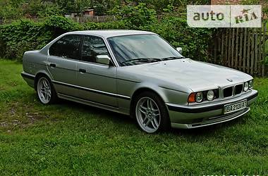 BMW 525 1990 в Александрие