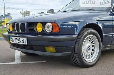 Седан BMW 525 1990 в Киеве