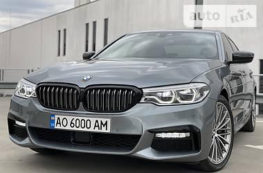 Седан BMW 530 2017 в Мукачево