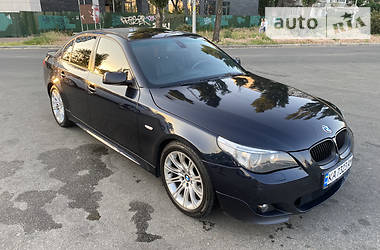 Седан BMW 530 2004 в Киеве