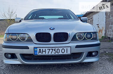 Седан BMW 535 2000 в Мариуполе