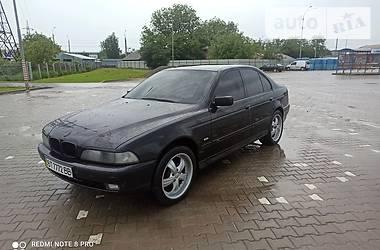 Седан BMW 535 2000 в Черновцах